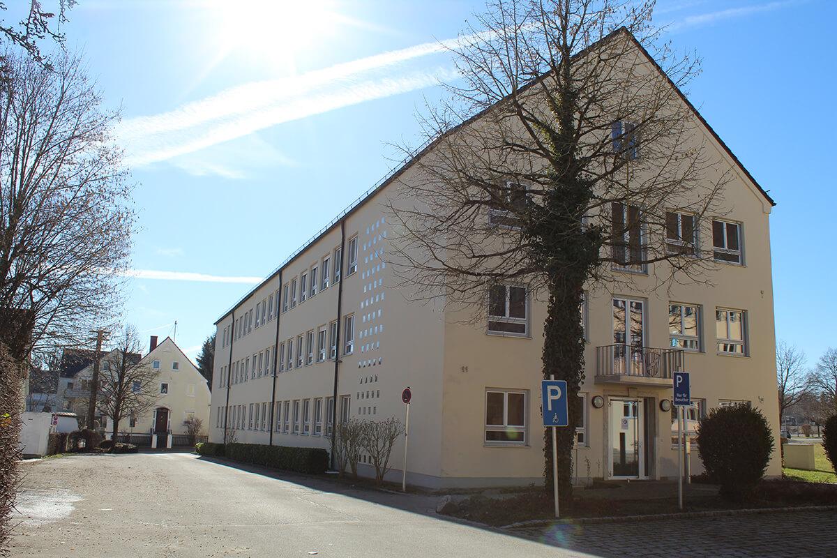 Öffentliches Gebäude 02 - Elektro Kronawitter