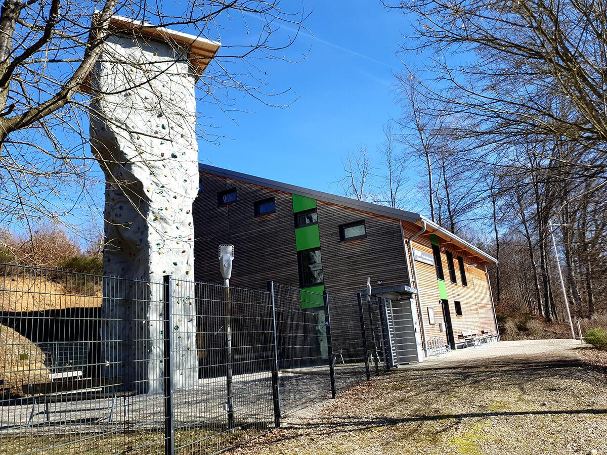 Öffentliches Gebäude 04 - Elektro Kronawitter